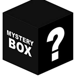 Mystery box Size S 4-5 pieces